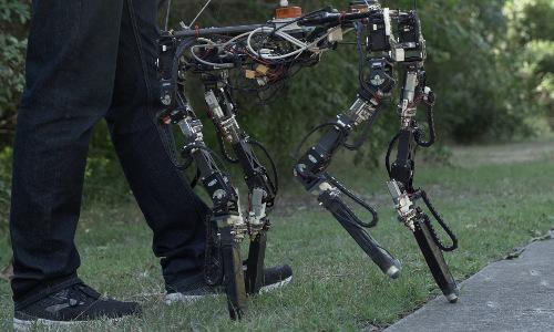 The Dyret quadruped robot.